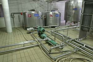 Stainless steel pipework in distillery